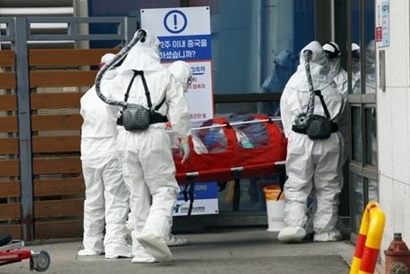 Covid-19: VN có nguy cơ lây từ Hàn Quốc cao hơn Trung Quốc?