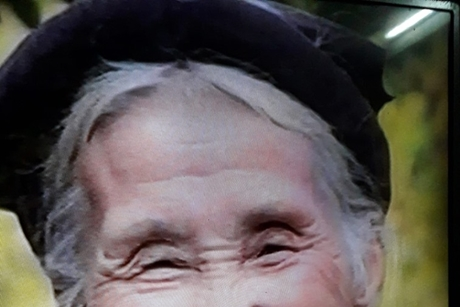 Cụ bà 80 tuổi tại Thanh Hoá ngâm thơ