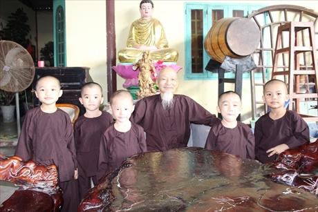Lật tẩy chiêu trò lấy danh từ thiện để trục lợi của Tịnh thất Bồng Lai