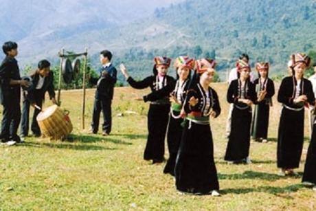 Người Khơ Mú: Thế giới tâm linh qua truyện cổ dân gian