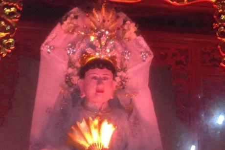 Sắm lễ cúng Chúa Bà Năm Phương như thế nào?