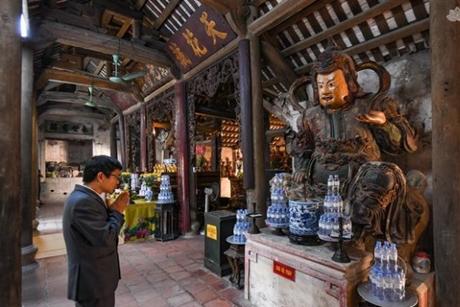 Tại sao trong chùa lại thờ tượng có vẻ ngoài hung tợn?