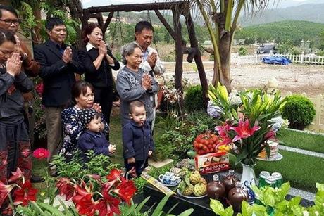 Văn khấn tảo mộ Tết Thanh Minh đúng và dễ nhớ nhất